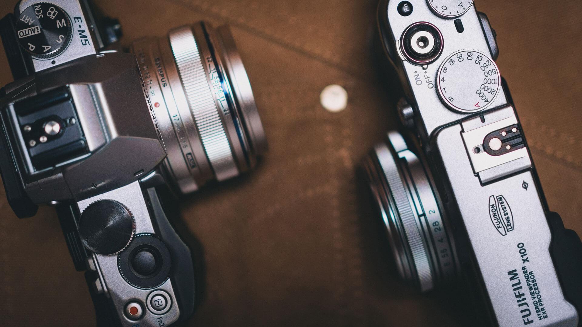Olympus OM-D E-M5 és Fujifilm FinePix X100
